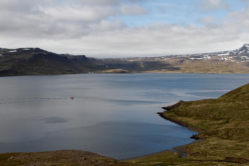 Westfjorde, Blick auf Djúpavík, Island | Photo: Michael Sandner