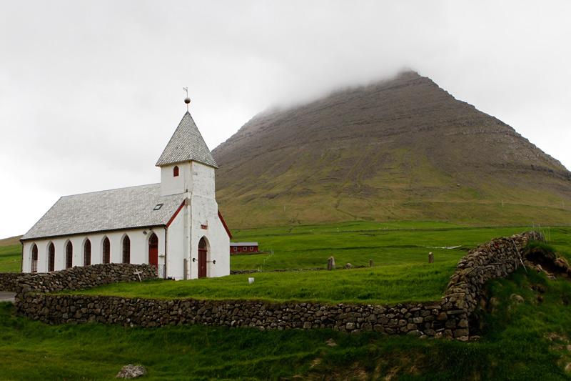 Kirche in Viðareiði | Färöer | Foto: Michael Sandner